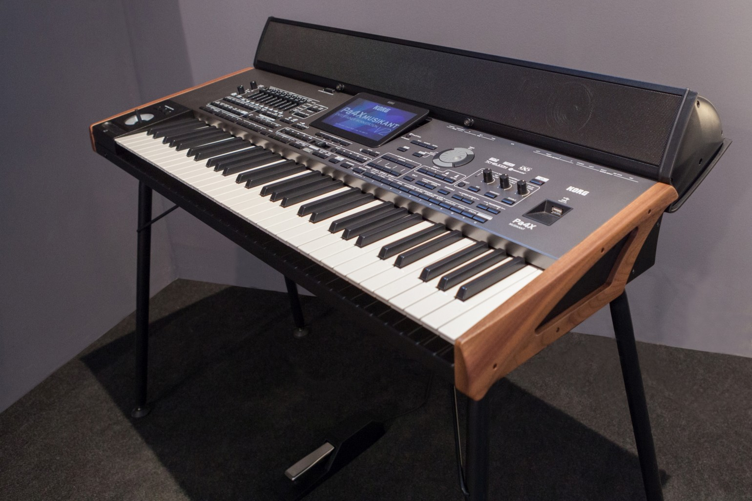KORG Pa4X DELUXE (Limited Edition)